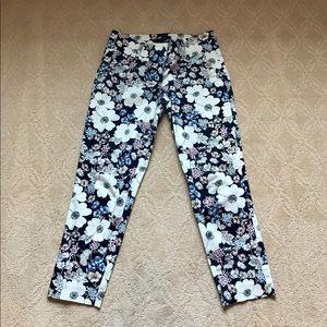 Ann Taylor Floral print Capri pants